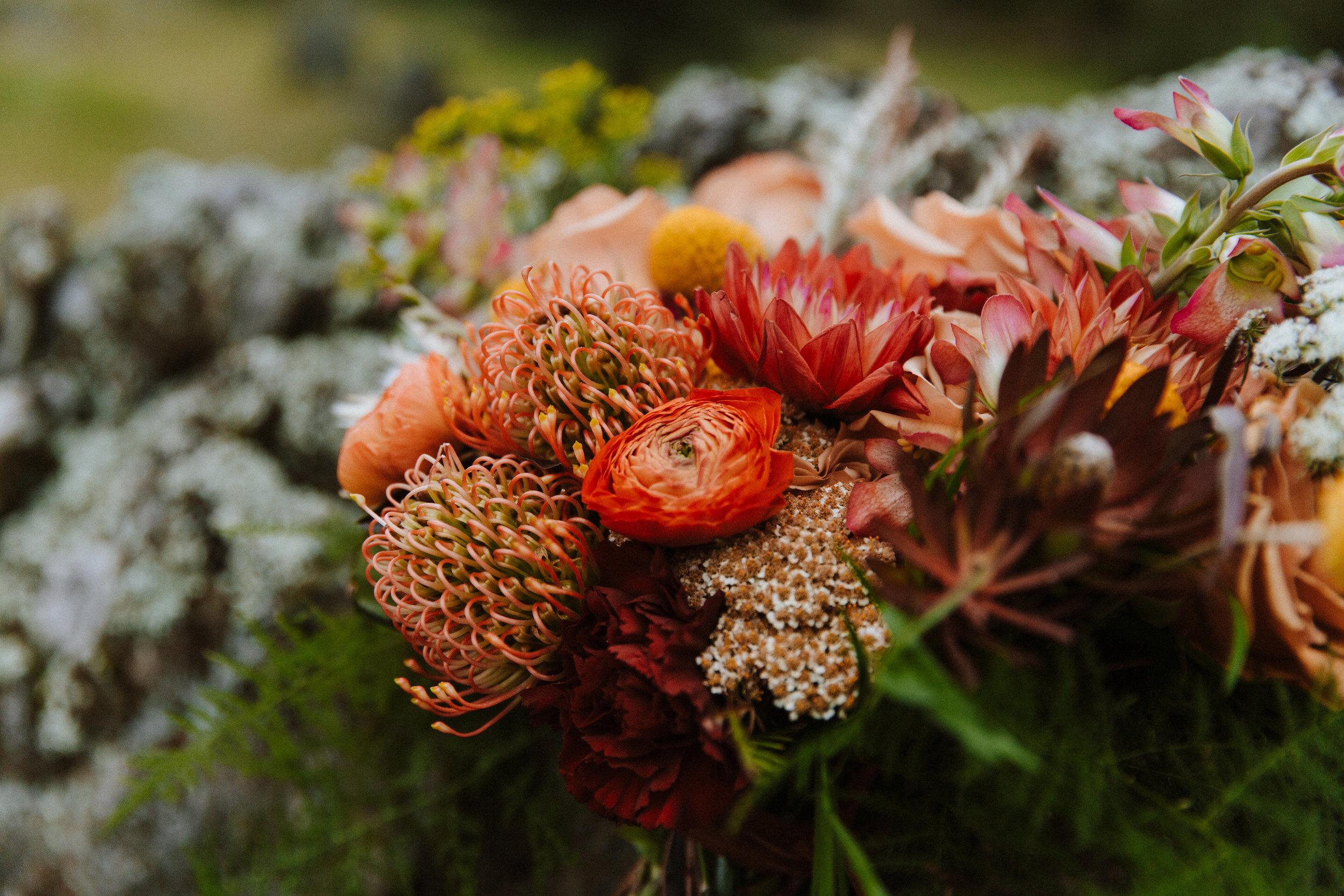 beautiful bohemian bridal bouquet