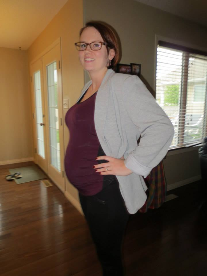 Donna at 16 weeks pregnant with her son Dominic in 2013.