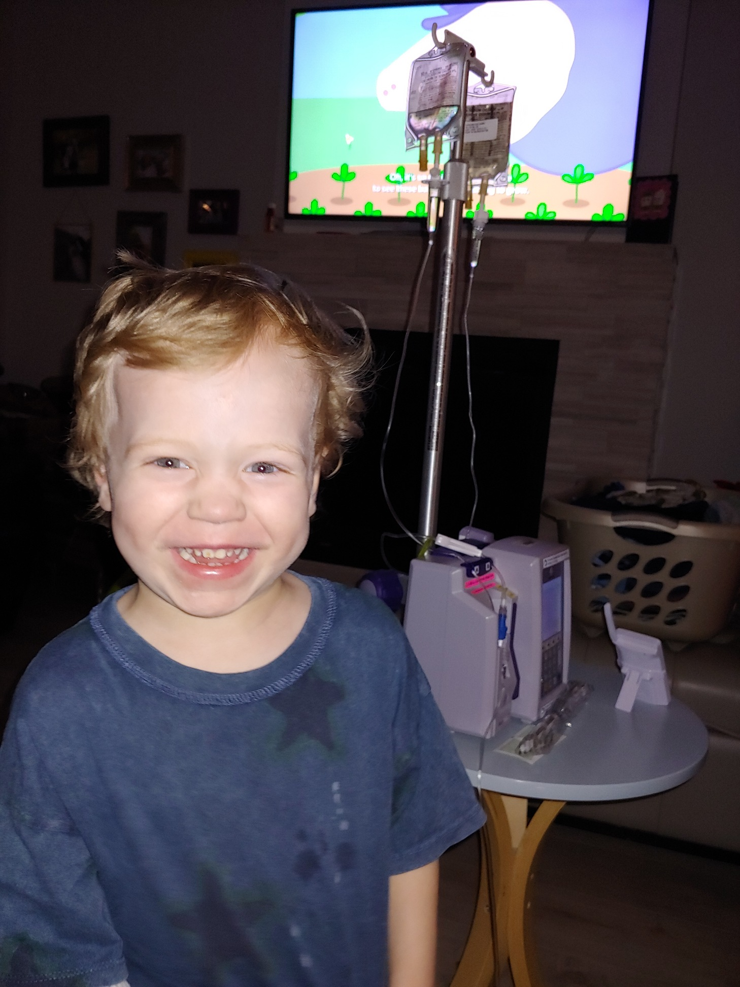 Cameron watching Peppa Pig while he gets his Vancomycin.