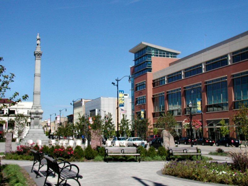 City_of_Racine_Monument_Square.jpg