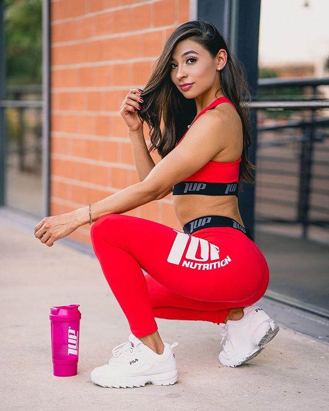 A @1upnutrition athlete in the houseeeeee!! Love me a good @yalexacastillo.fit photoshoot..always so effortless 🔥🔥 I idolize her discipline, especially now watching her prep for physique competition 💪🏽💪🏽 . . . #1upnutrition #fitnessgirl #fitnessmodel #brandambassador #sponsored #sanantoniophotographer #texasphotographer #portraitphotography #portraitvision #alphacollective #portrait_vision #sonya7iii #sonyalpha #sonyportraits #sonyimages #girlswholift #portrait_ig #moodyports #moodyportraits #lightroom #adobelightroomcc