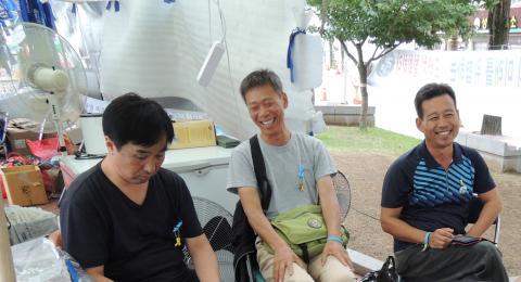 왼쪽부터 류동인, 박철주, 이재동 농민이다.