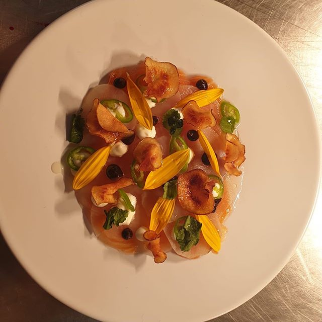 Fresher side of Autumn! Cured Salmon, Jerusalem Artichoke, Burnt Apple and Green Chilli, complete with Artichoke flowers from @harrywhaley allotment!
