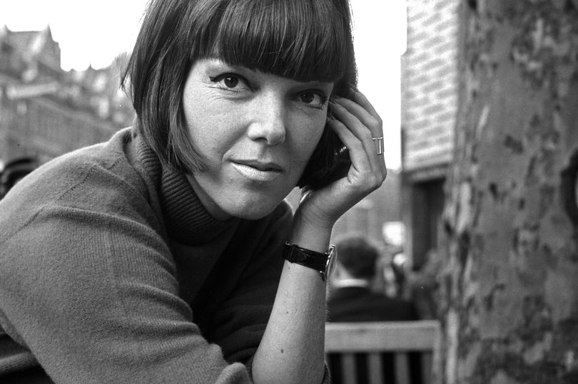 1_Mary-Quant-fashion-designer-and-expert-pictured-in-London.jpg