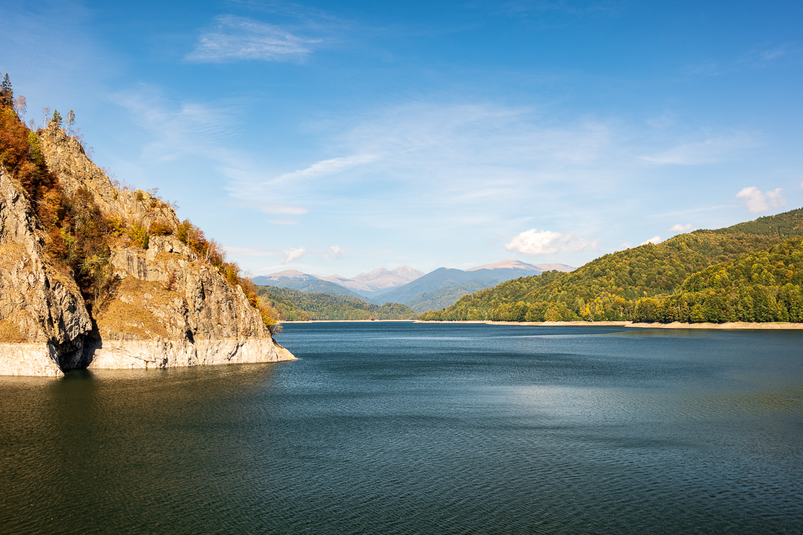Bâlea Lake sits at the apex of the mountain, a sparkling teal gem
