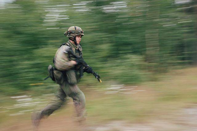 Varusmiessoittokunnan Jääkäriharjoitus 2019 . . . . . . #varusmiessoittokunta #pvvmsk #intti #valokuvaus #toimintakuvaus #sota #taistelu #valokuvaaja #puolustusvoimat
