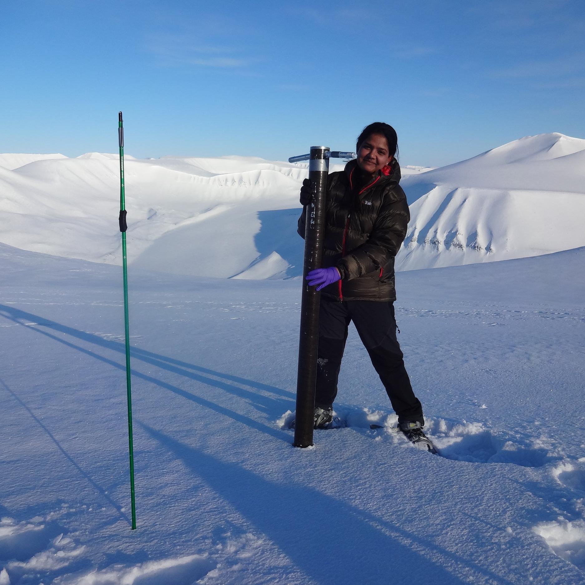 Snow coring in April on Foxfonna ice cap, Svalbard.JPG