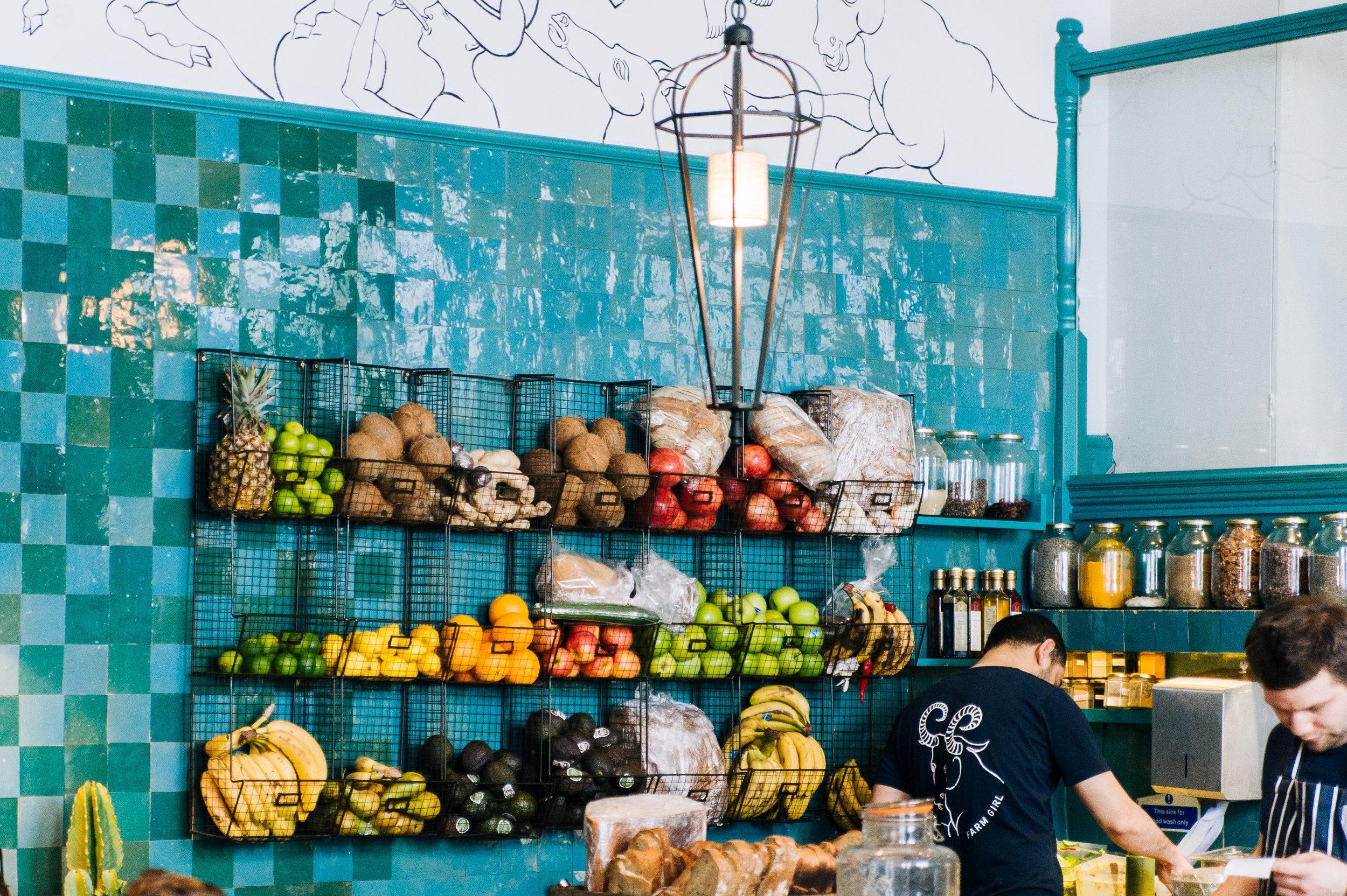 apples-bananas-breads-709838.jpg