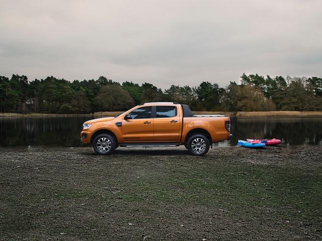 2019 Ford Ranger Wildtrak side.jpeg