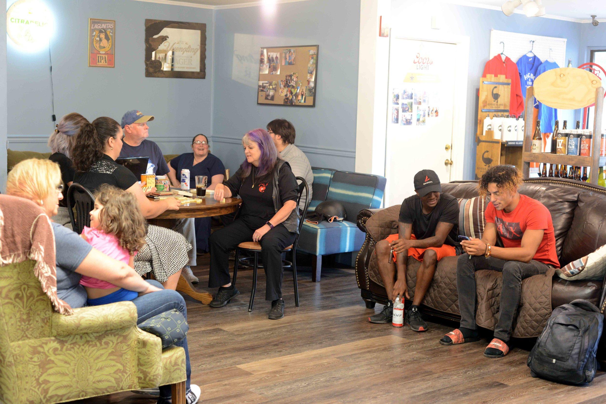 Hattiesburg Beer Store Fun Lobby.jpg