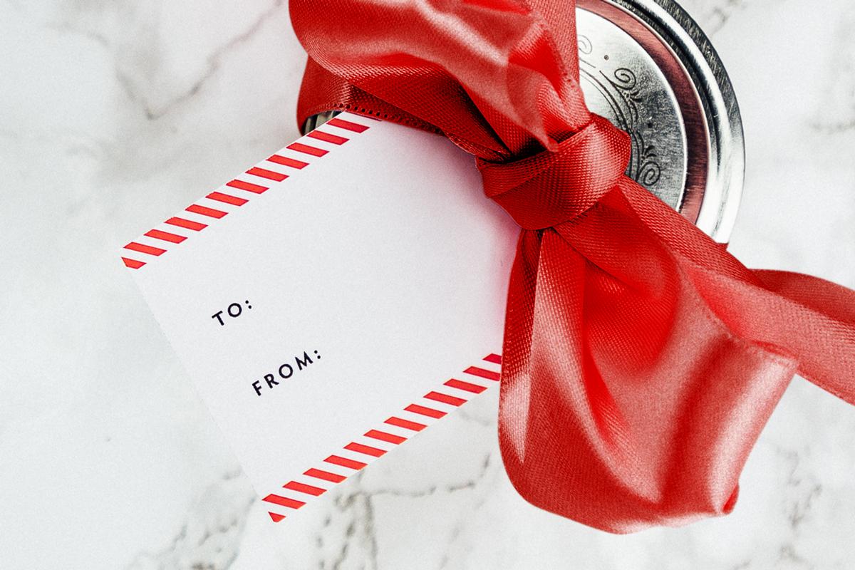 Gift-Tag-Photo.jpg