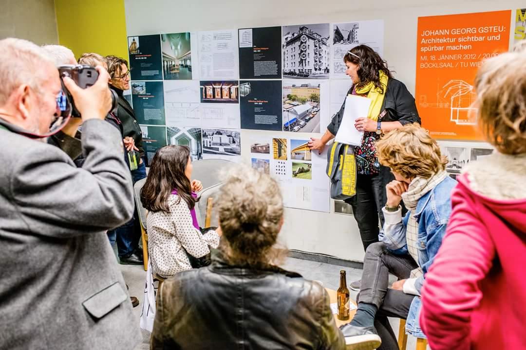 Corona Gsteu talking about architecture at Vienna-Design-Week; ©Kramar Kollektiv Fischka