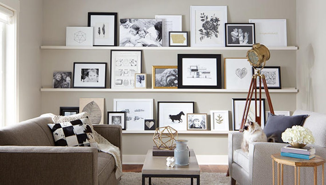 We love how customizable these picture shelves are!
