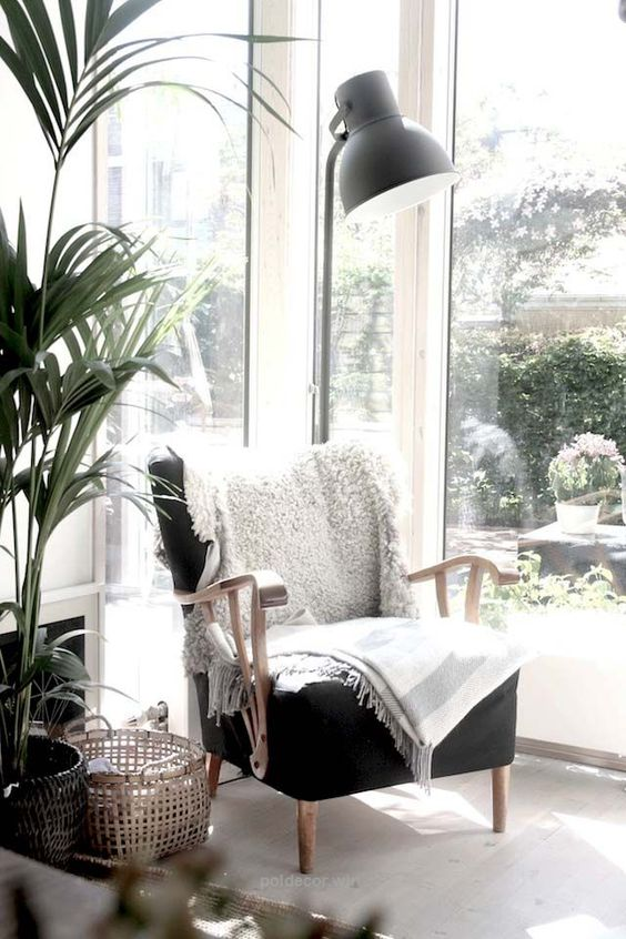 - Reworking your whole house feels overwhelming? So start small and make over a corner. Love the view from your bedroom window? Find a way to make the most of it. Add an upholstered bench or a window seat. Lusting after a reading nook? A floor lamp + a side table for your coffee mug + a luxe blanket et voila! Pick a spot that makes you feel calm and centered and build from there. (photo credit: Pinterest)