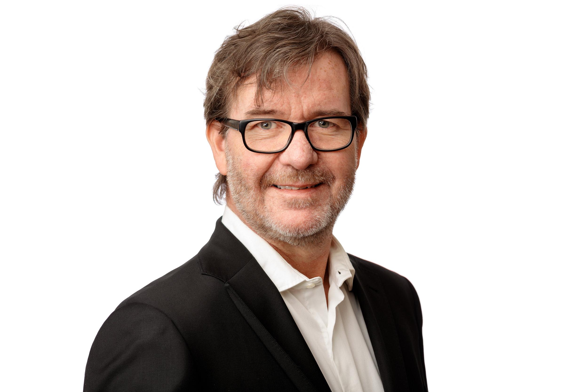 Robert Nilsson - StyrelseordförandeFödd: 1966Nuvarande Befattning: KonsultTidigare befattningar: IP-Only, iTux, Svenska Stadsnät, Teracom Broadband, Wireless Maingate, Vodafone, Sting Networks, Kabelvision mfl.