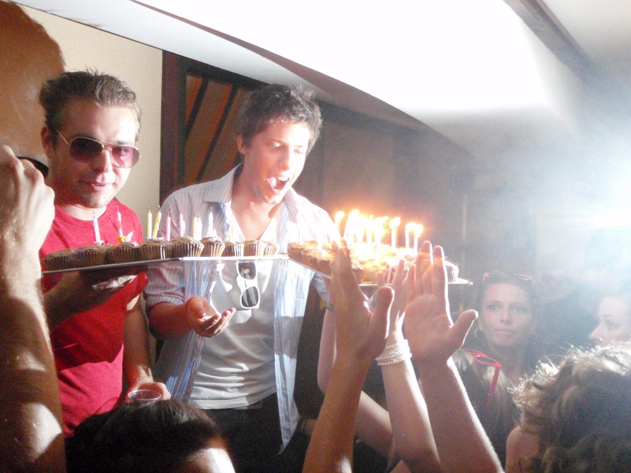 Mi Cumpleanos + Sunglasses Night (4).JPG