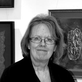 Denise Gannon    textile artist, gallerist, tutor & proprietor of craft arena    www.craftarena.co.uk