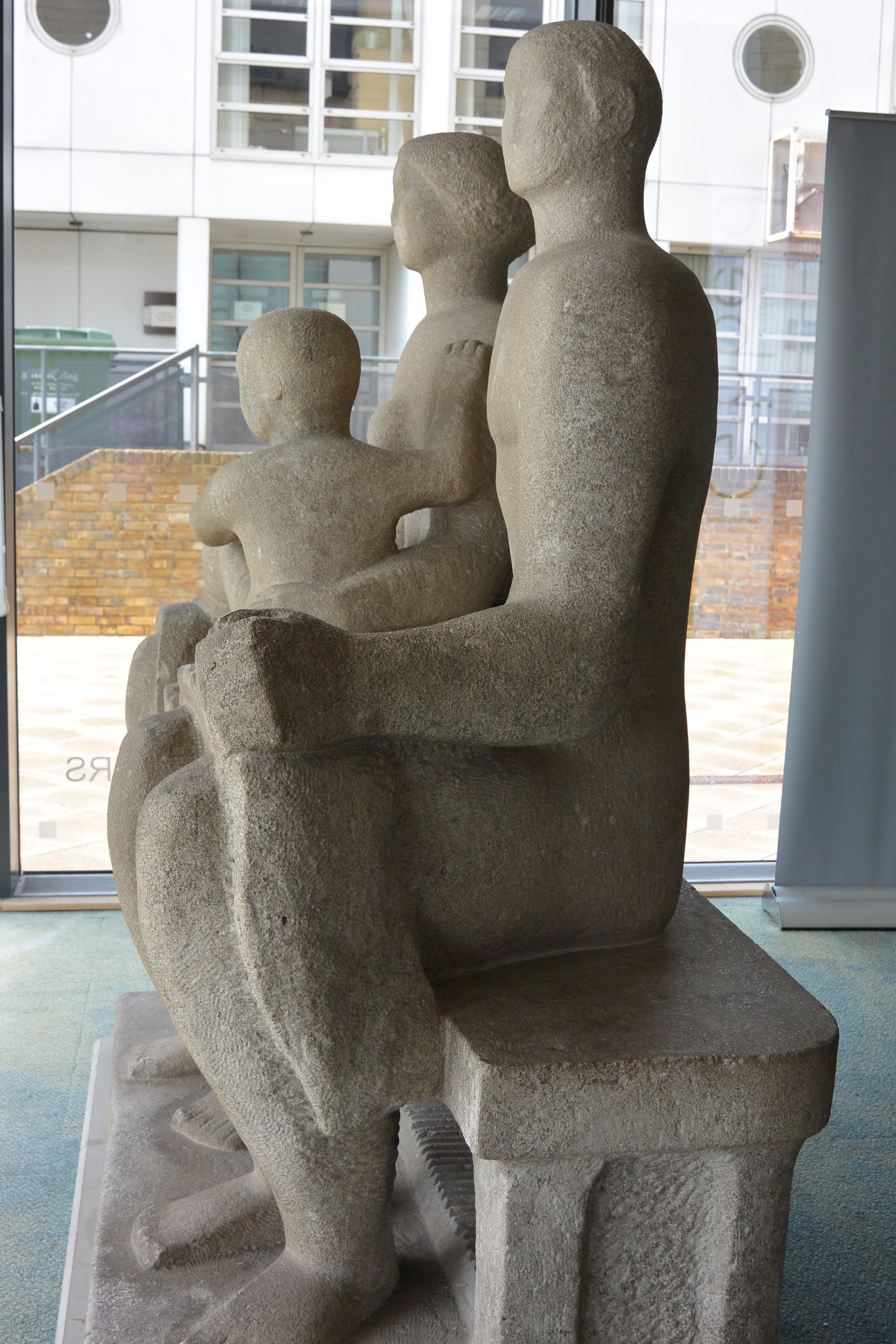 Henry Moore, Family Group, Harlow Art Trust / Gibberd Gallery (credit - Alina Congreve)