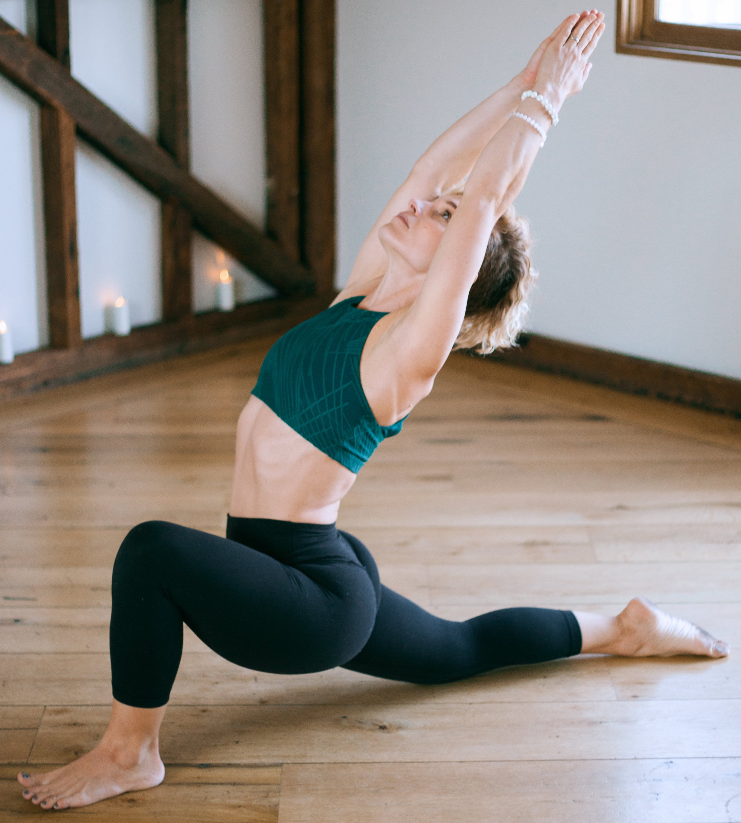 POWER VINYASA - An invigorating and athletic flow style class that aims to build heat, strengthen muscles, and deepen flexibility through breath inspired movement. Begins with energetic, dynamic, and creative sequencing and closes with restorative counter postures to balance the mind, body, and soul.