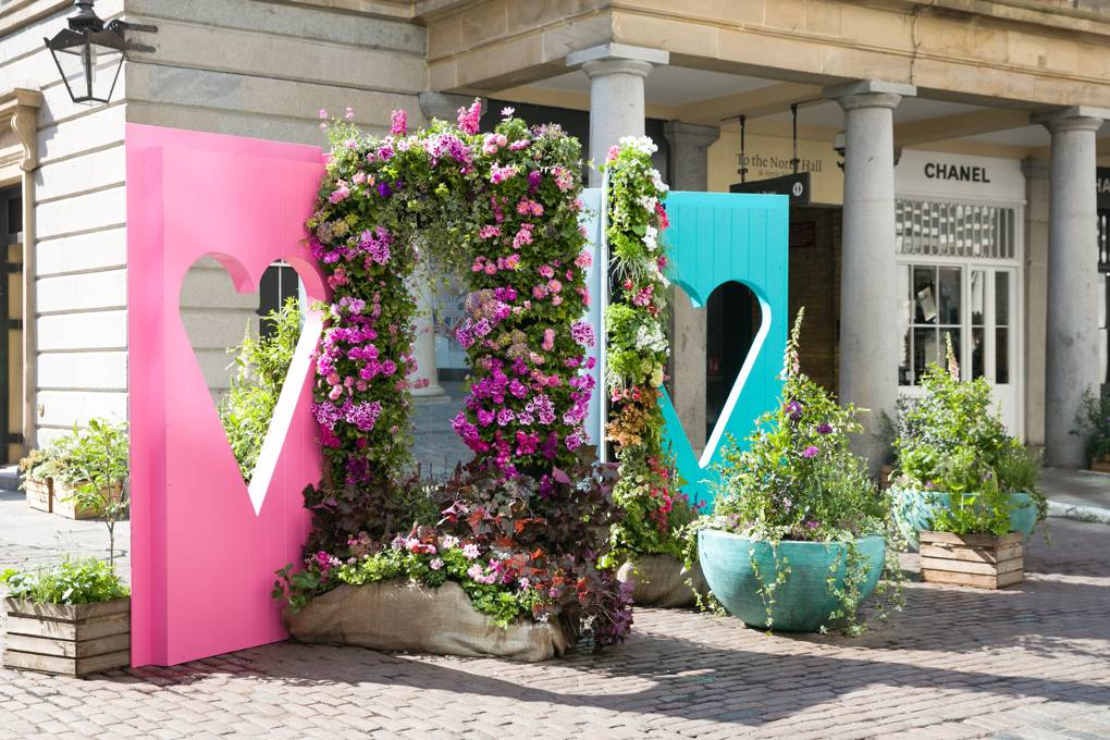 A floral installation created by Capco Covent Garden in Covent Garden's East Piazza is raising awareness of Perennial, the only charity dedicated to helping everyone in the horticulture industry when they are facing tough times.