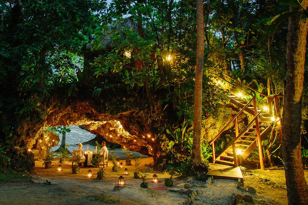 Namale-Namale_Candlelight_Cave_Dineout.jpg