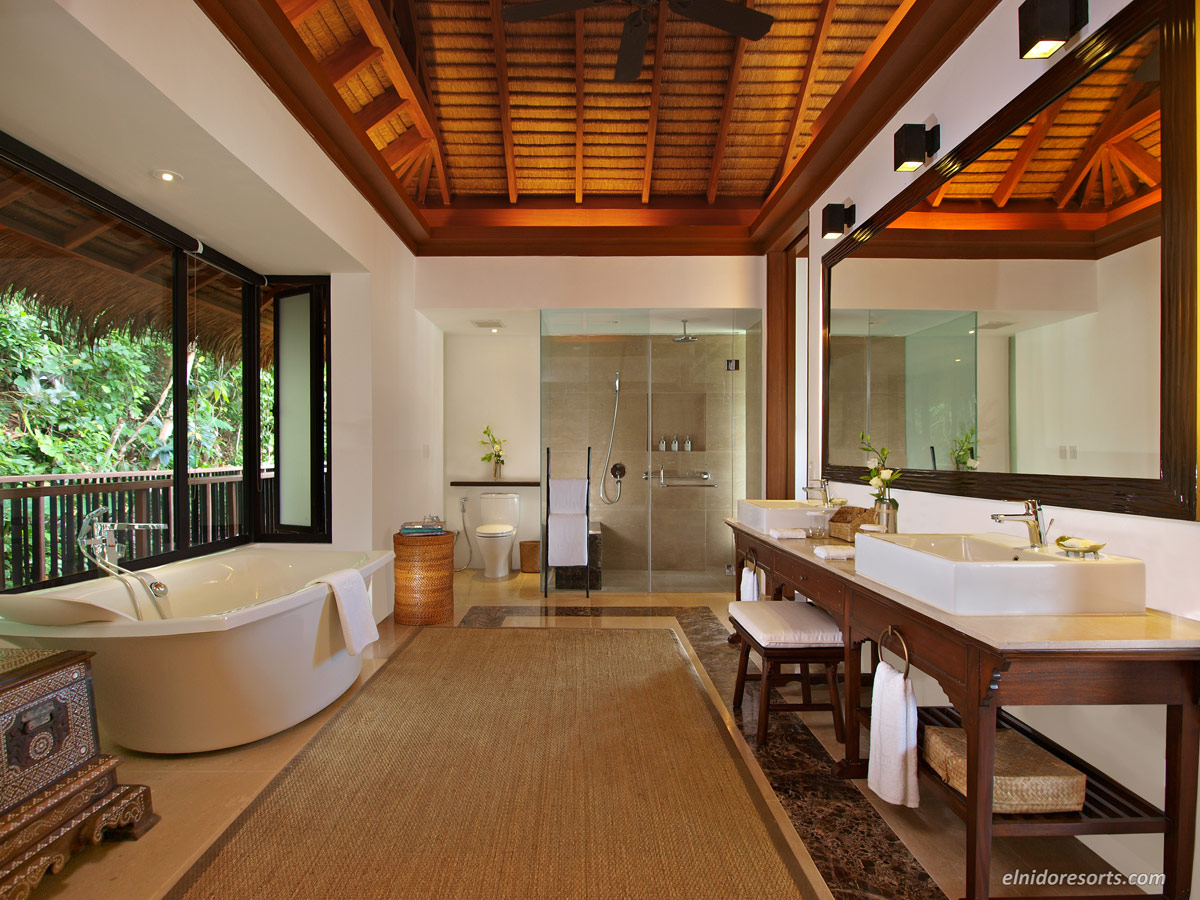 09.-Pangulasian-Island-Canopy-Villa-Bathroom.jpg