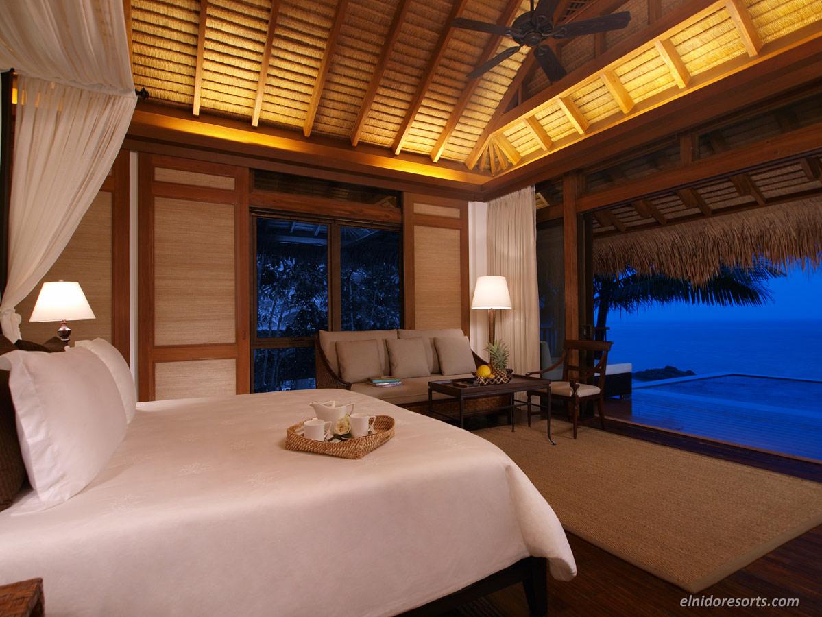 17.-Pangulasian-Island-Pool-Villa-Bedroom-Area.jpg