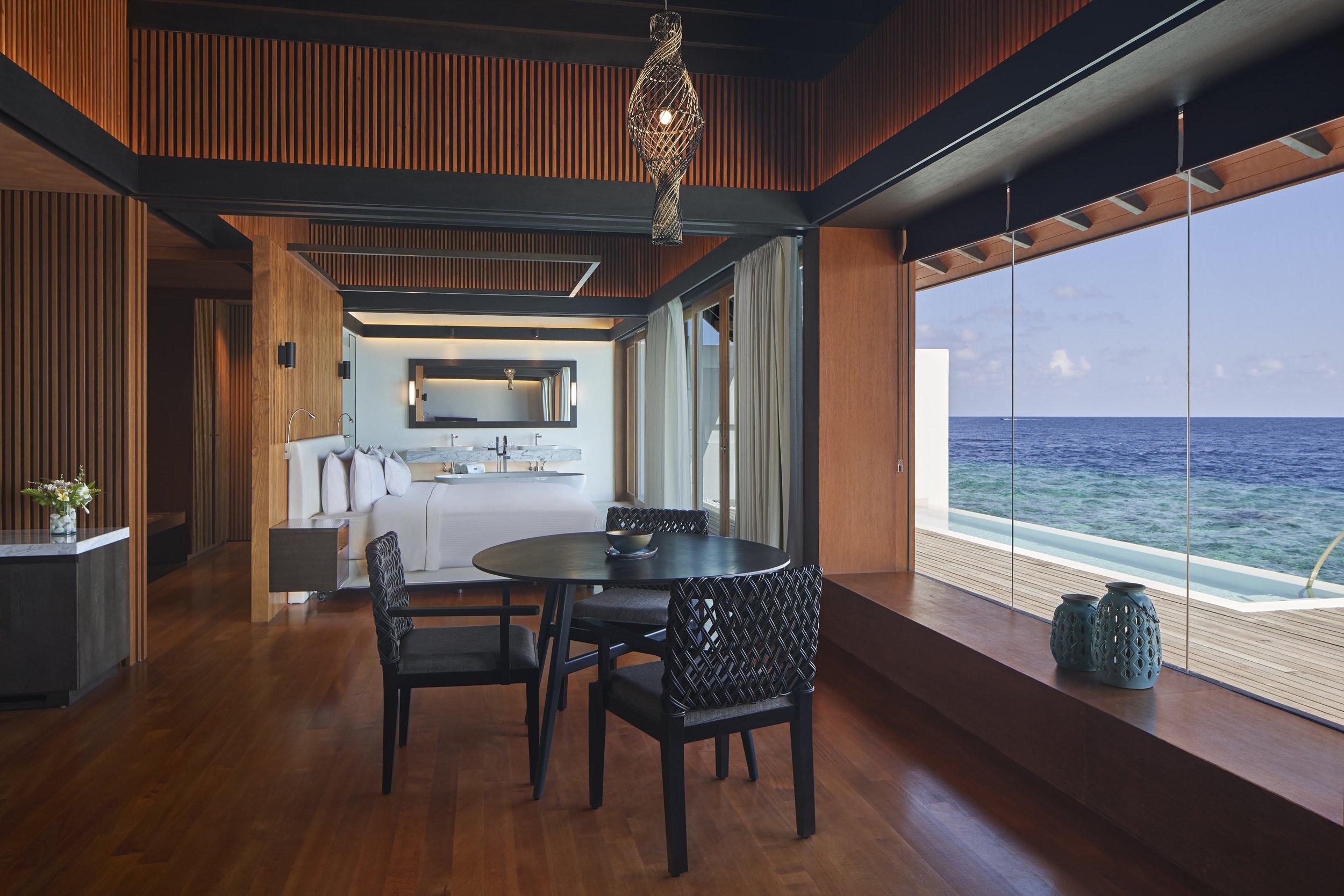 The_Westin_Maldives_Overwater_Suite_Pool_Interior[1].jpg