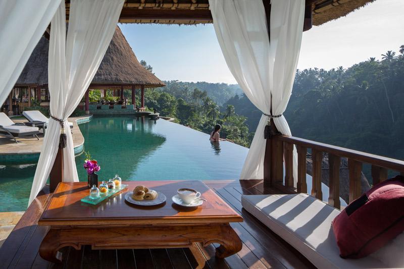 breakfast-at-the-pool-viceroy-ubud-bali.jpg