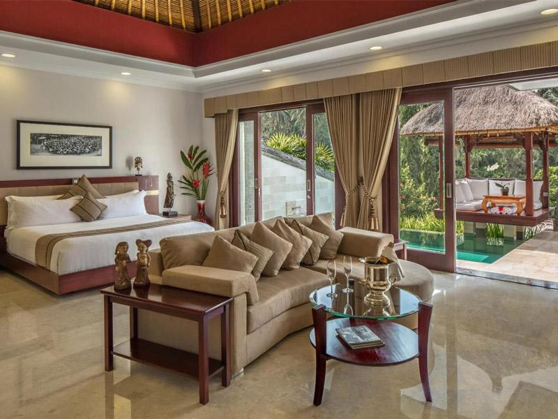 hotel-ubud-deluxe-villa-interior.jpg