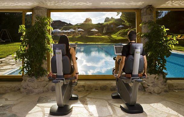 going-am-wilden-kaiser-biohotel-stanglwirt-fitnessgarten.jpg