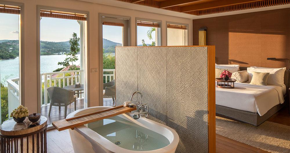 1_best-sea-view-room-resort-phuket.jpg