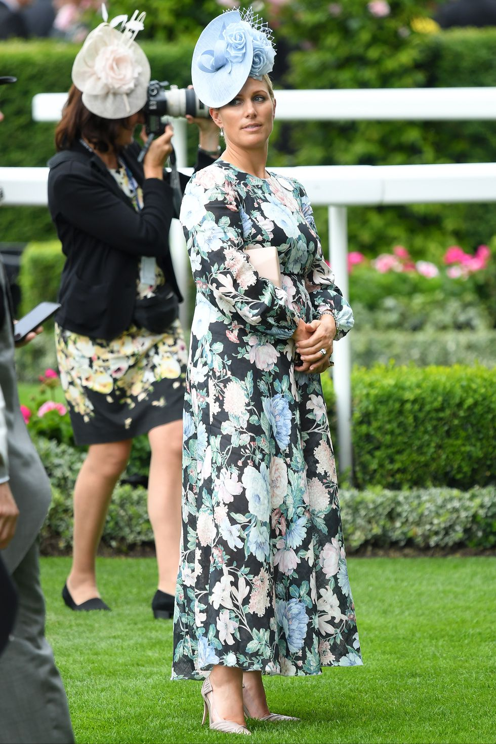 zara-phillips-attends-day-one-of-royal-ascot-at-ascot-news-photo-1156722630-1560870472.jpg