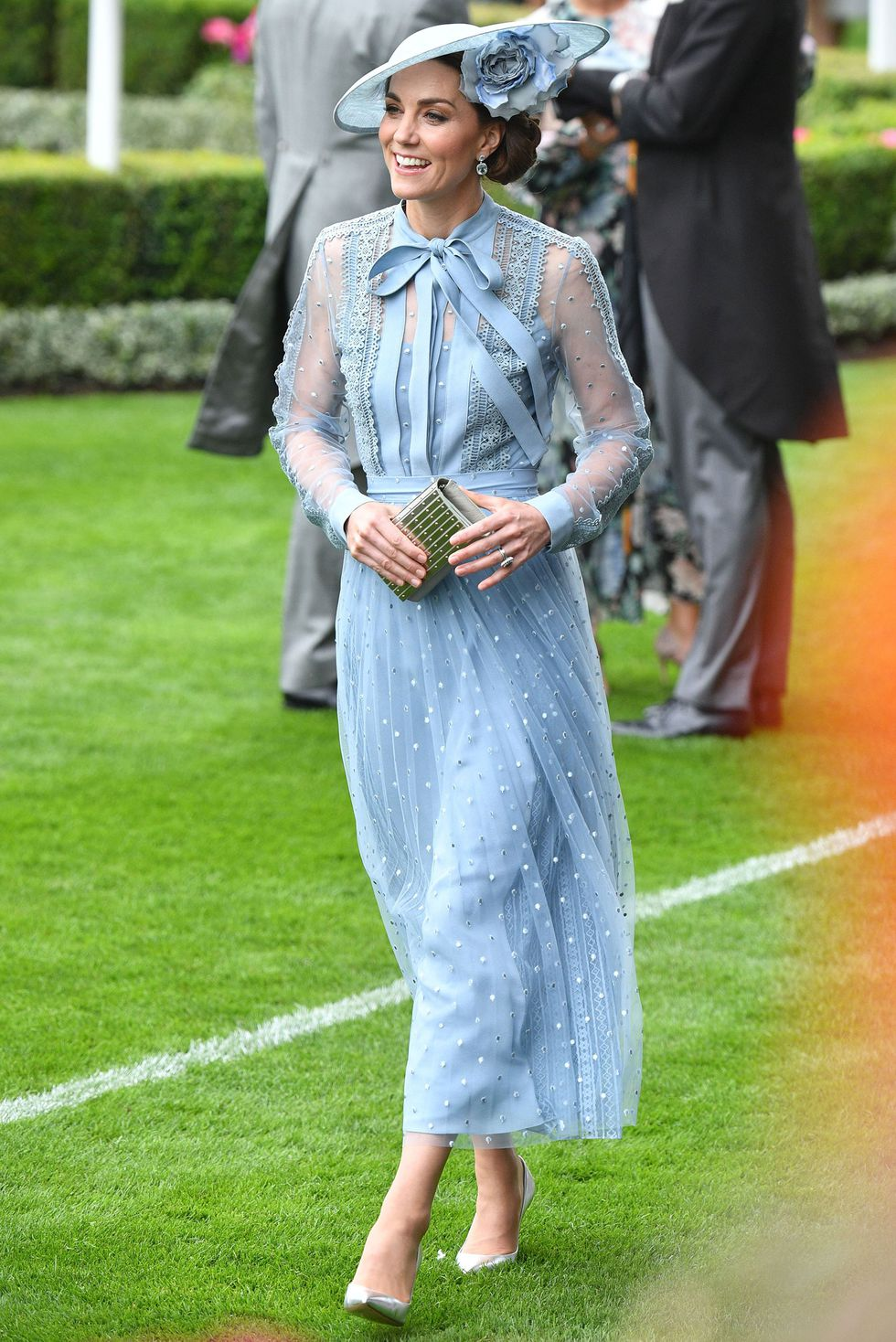duchess-of-cambridge-ascot-1560864722.jpg