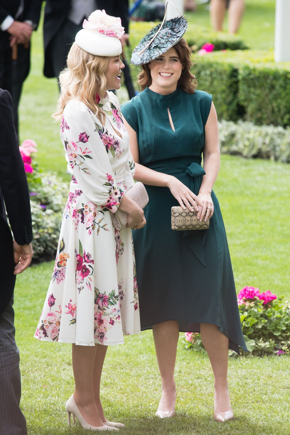 princess-eugenie-of-york-and-autumn-phillips-attends-day-news-photo-1157152187-1561044624.jpg
