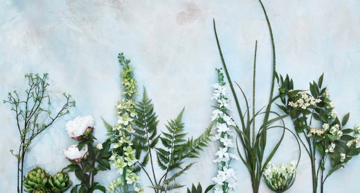 Stunningly realistic: Neptune's faux flowers and plants are perfect for any home. Image: Neptune.com