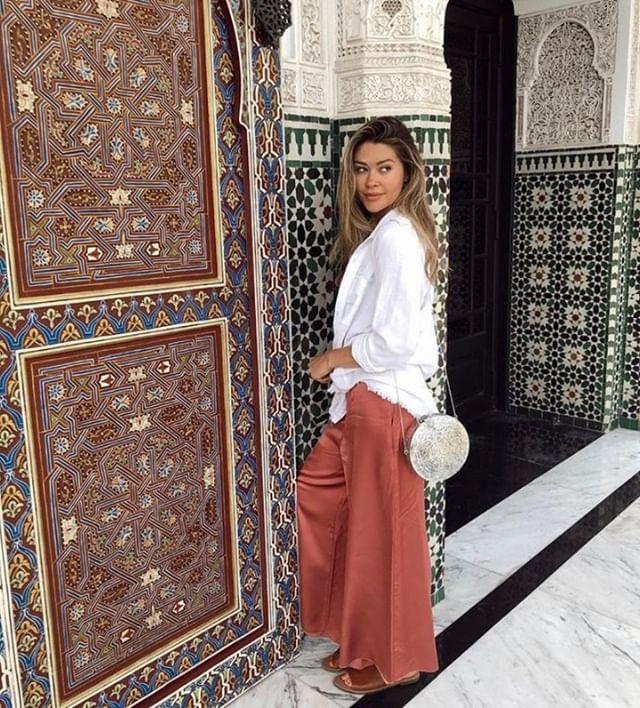 Go with the Flow 〰| @caelynnmillerkeyes wearing @pomandere | #KADClients ⠀ ⠀ ⠀ -⠀ -⠀ -⠀ -⠀ -⠀ #KADLoves #KADPublicity #KADSpirit  #KADPR #PR #publicity #losangeles #LA #NYC #boutiquepublicrelations #boutiquepr #fashionpublicist #fashion #press #prlife #fashionpr #publicistlife #influencers #publicrelations #fashionpublicrelations #mystylemyway #easystyle #womenswear #streetstyle #inspiremyinstagram ⠀ #pomandere #madeinitaly