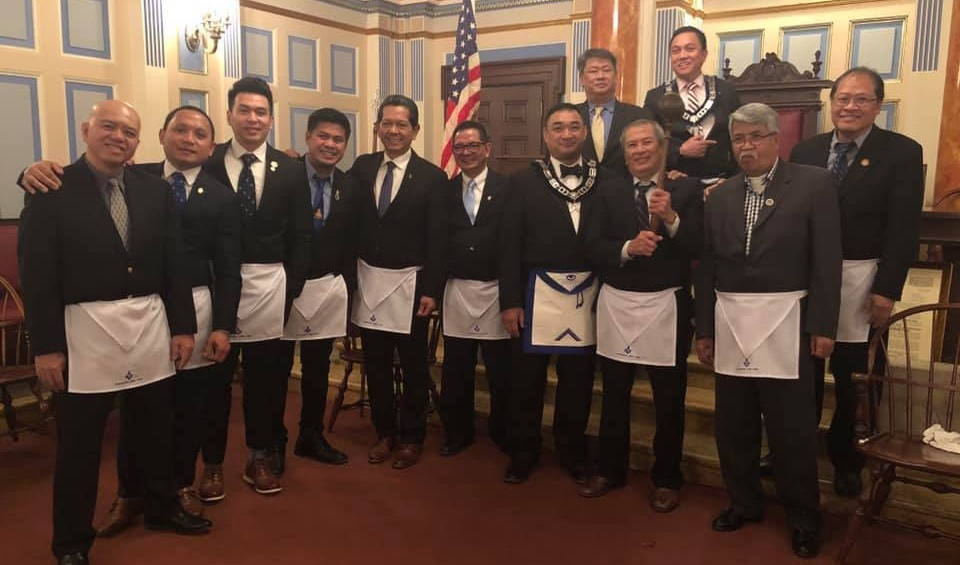 Gramercy Lodge No. 537 comes in full force with all of their 3 Lights, Treasurer, Secretary, Trustee, newly raised Master Masons, and a Past Master. Now, they have the 4M District Traveling Gavel!   From L-R: WBro. Rey Dayoan (Gramercy 537, Trustee), Bro. Herbert Santos (Gramercy 537), Bro. Joey Santiago (Gramercy 537), Bro. Joseph Sumpay (Gramercy 537), VWBro. Carlito Geronimo (Gramercy 537, Secretary), Bro. Al Dimalanta (Gramercy 537, Junior Warden), WBro. Benjie Santos, Jr. (Manahatta 449, Master), Bro. Bobet Bautista (Gramercy 537, Senior Warden), WBro. Ross Ola (Gramercy 537, Master), WBro. Joseph Hombrebueno (Manahatta 449, Chaplain), WBro. Edgar Umbao (Gramercy 537, Past Master), WBro. Romy Figuracion (Gramercy 537, Treasurer).