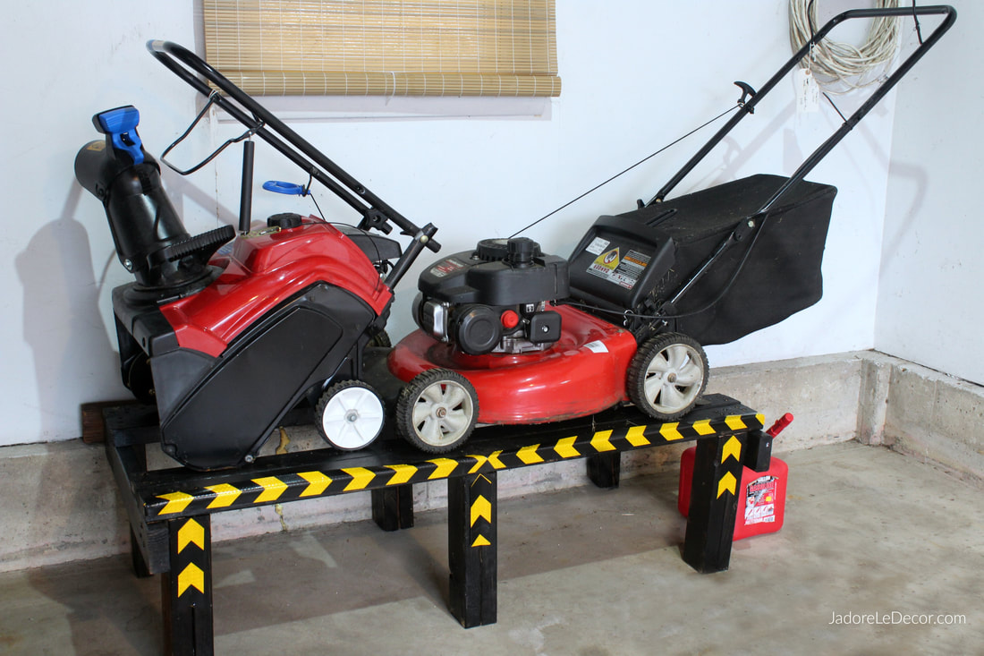 www.JadoreLeDecor.com | Learn useful tips on cleaning and organizing a tiny garage with lawn care equipment storage
