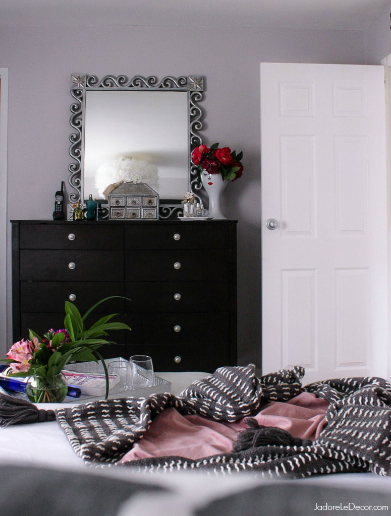 www.JadoreLeDecor.com | For all of the meaningful things that take place in it, the bedroom, seems to be the most forgotten part of the home. Here's some inspiration to get out of that rut. | Bedroom Makeover #springintoactionbloghop | Small space living | Small Bedroom Makeover | Bohemian Bedroom Makeover| Bohemian Glam |#stopandstaredecor