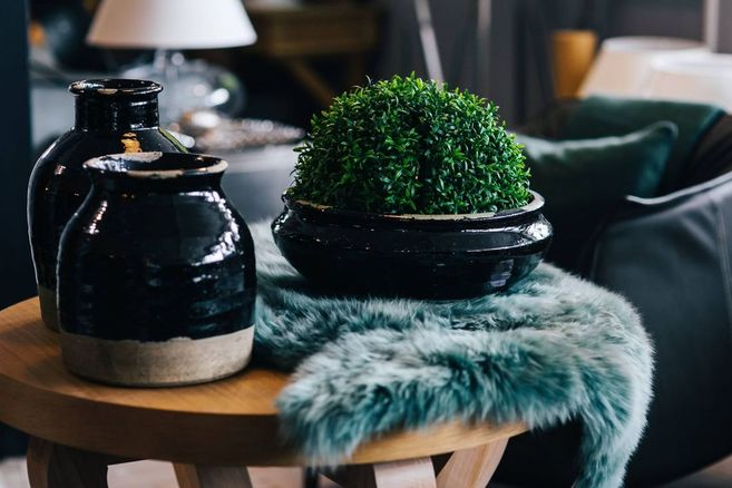 www.JadoreLeDecor.com | how some of us non-traditionalists prepare our homes for the changing seasons. | Small space living | Seasonal Decor