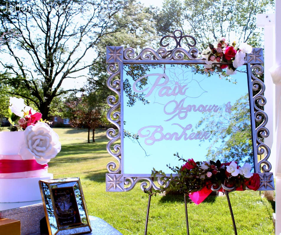 www.JadoreLeDecor.com | This color inspiration is with a confident bride was not afraid to look beyond traditional wedding colors. | Wedding Week | Outdoor Entertainment