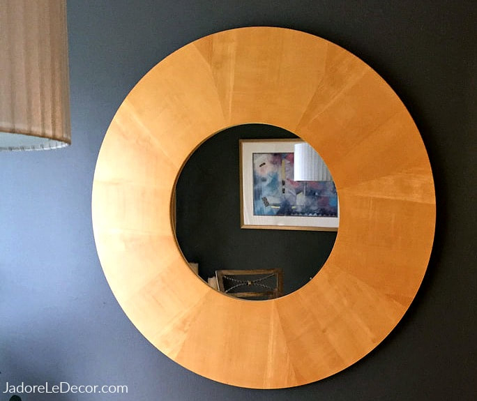 www.JadoreLeDecor.com | See how I transformed an old mirror, with this simple, yet clever technique. | Crafting | Home Decor | DIY | Furniture upgrades