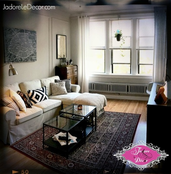 www.JadoreleDecor.com | Follow as my friend gives me a delicious taste of her French culture. | Small Dining Room | Apartment Life | Small Space Living | Dinner Party | Small Space Entertainment
