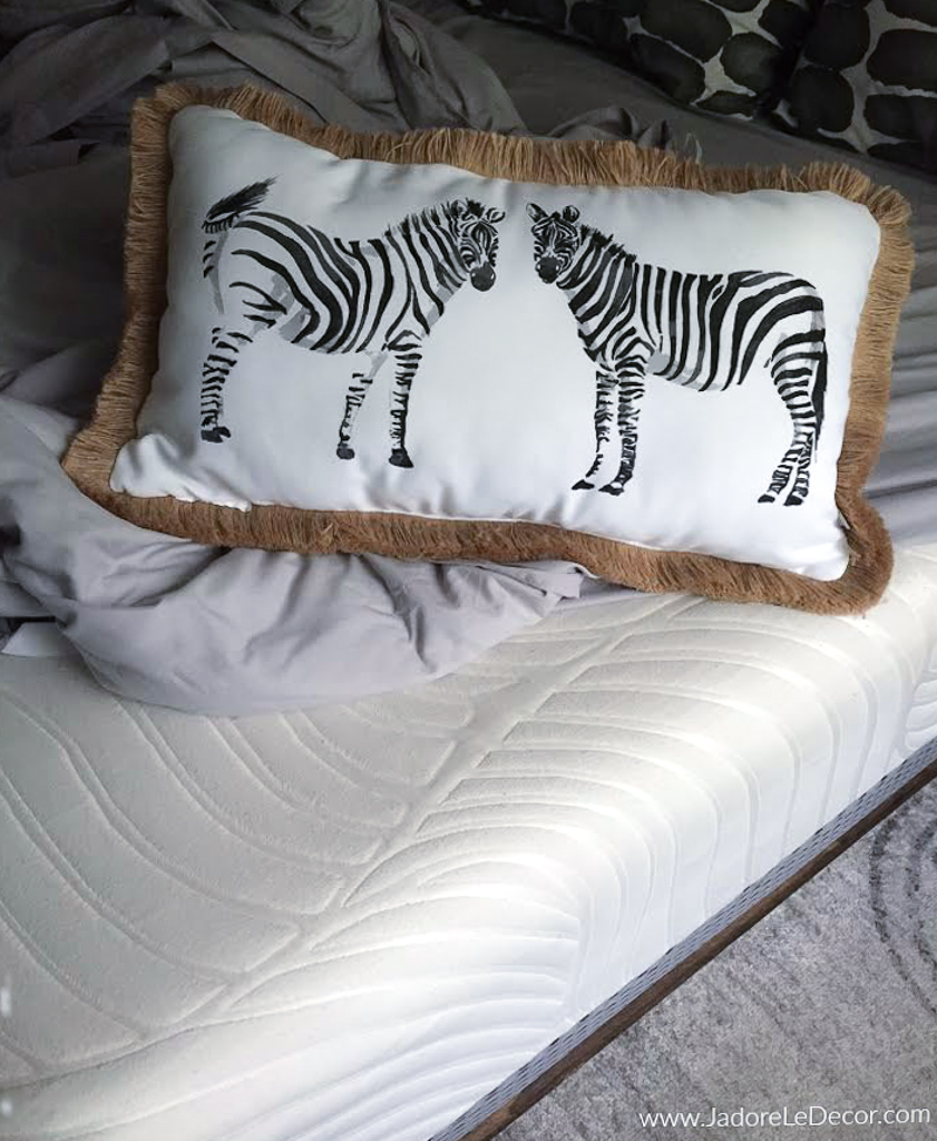 www.JadoreleDecor.com | An honest 9-month review of the hybrid mattress Voila