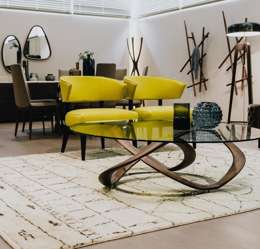 www.JadoreleDecor.com | Live small without sacrificing great style by choosing statement pieces.