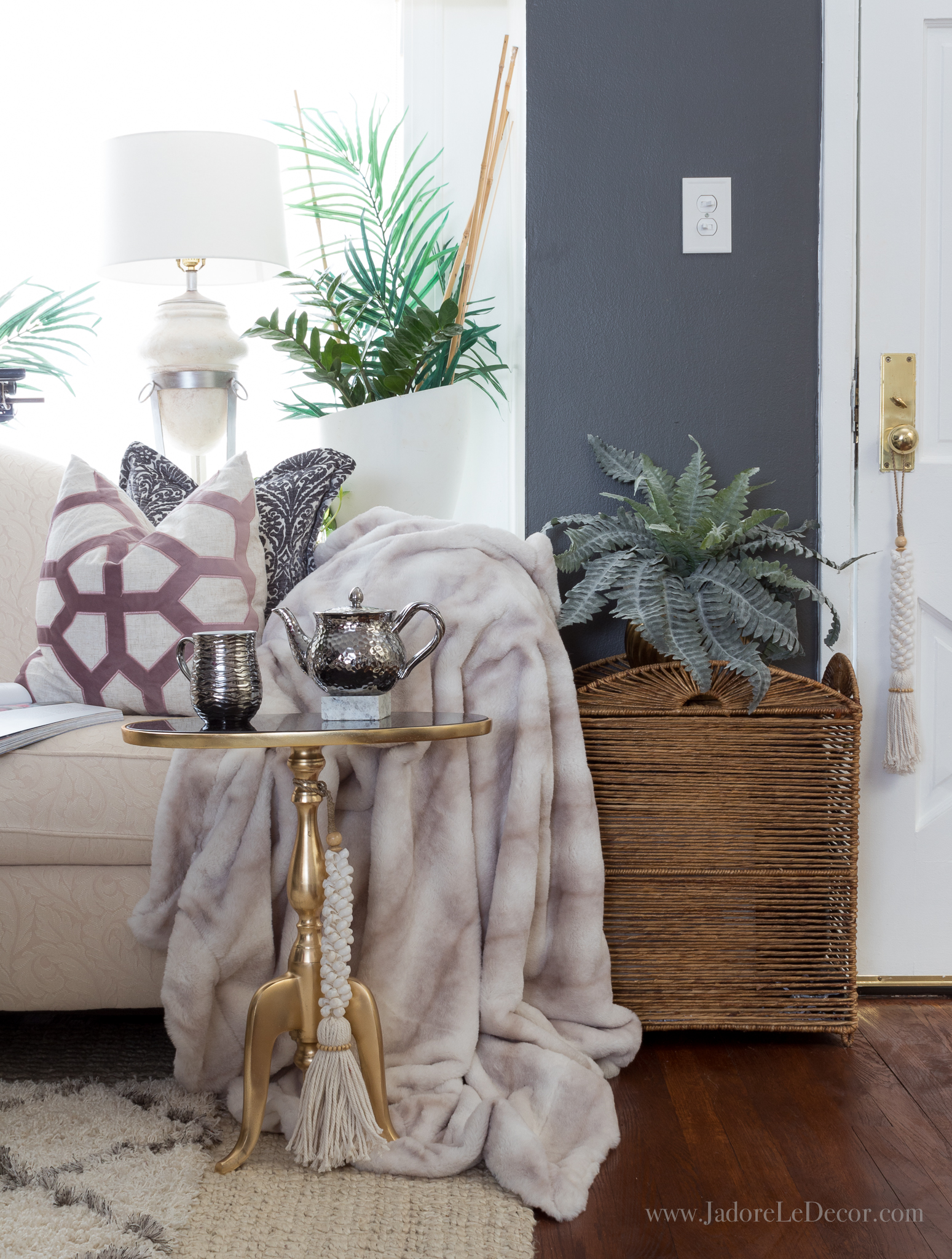 Part one of a 2-part series that defines what global bohemian chic is and shows you how to curate the look at home. | www.jadoreledecor.com/blog/what-is-global-bohemian-chic-and-how-can-you-get-it