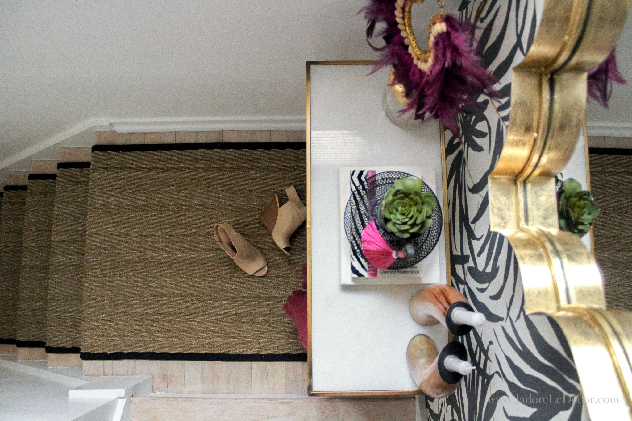 Part 2 of a 2-part series that defines what global bohemian chic is and shows you how to curate the look at home. | www.jadoreledecor.com/blog