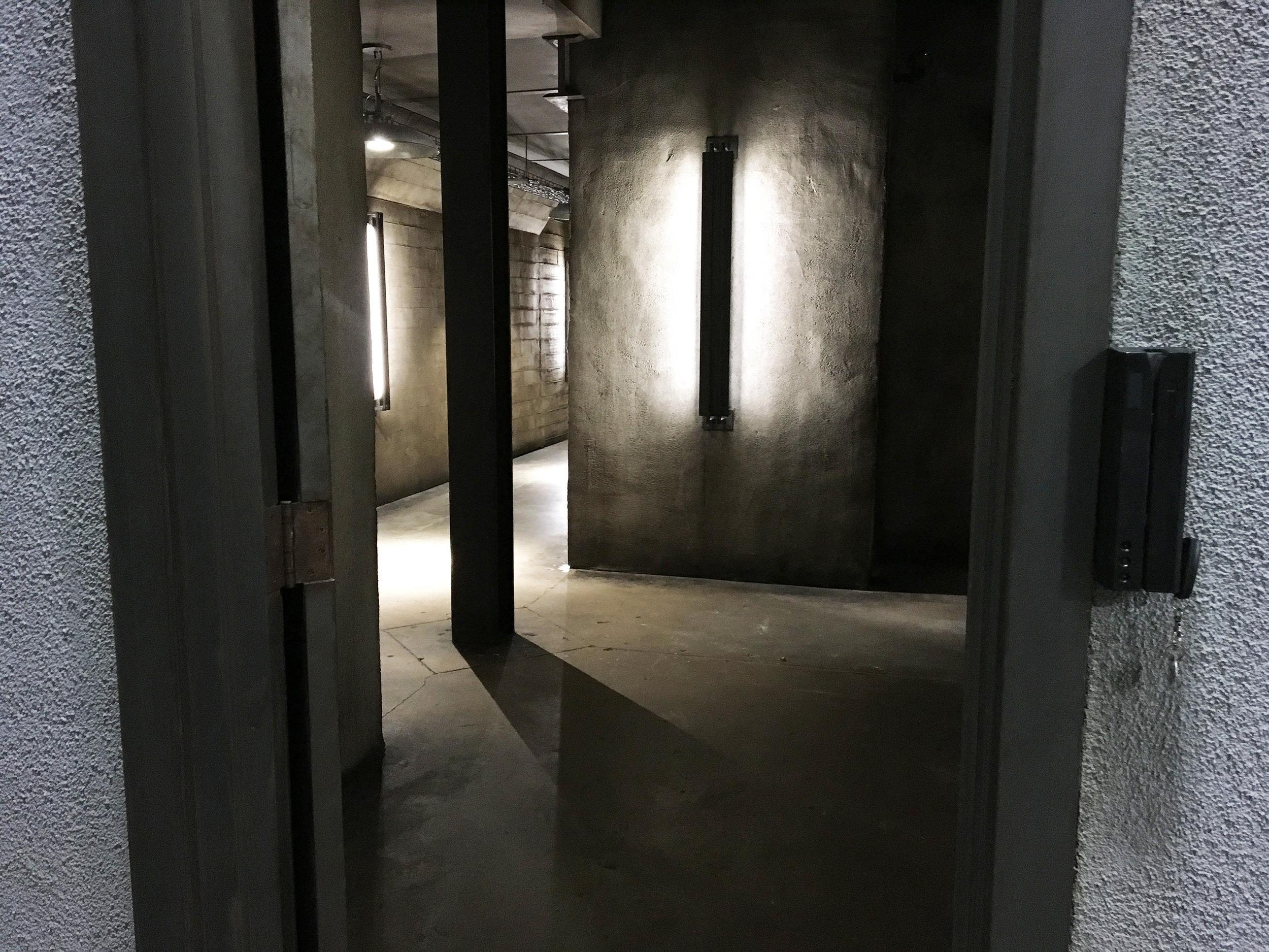 Capital Arts Set, Armory Weapons Room
