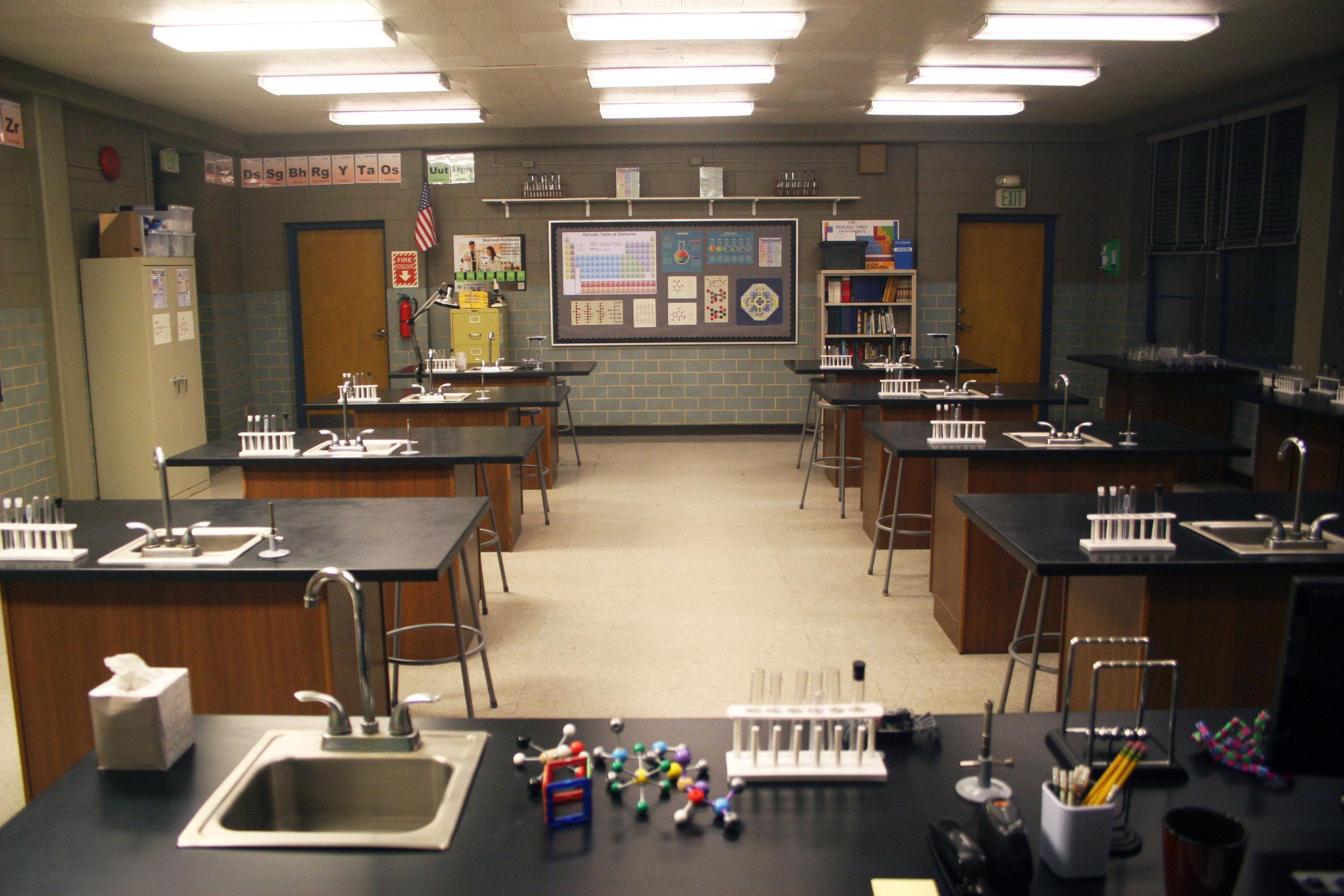 Capital Arts Set, Biology/Chemistry Classroom